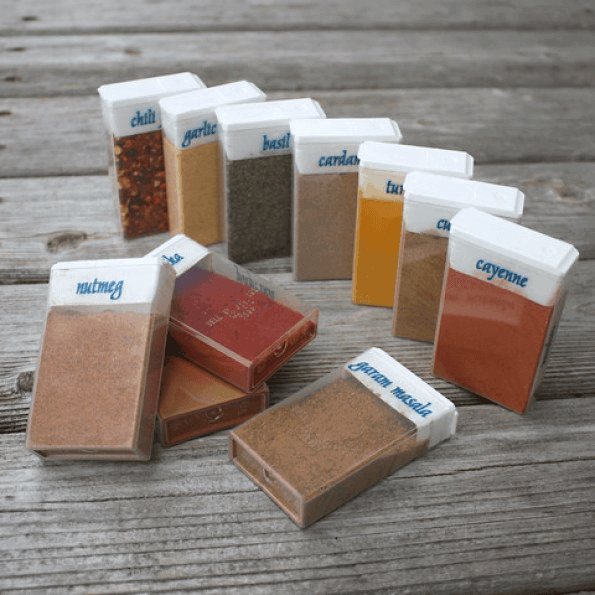 Camping-Spice-Storage