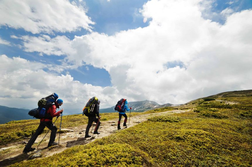 Hiking in the mountains_ guidecool